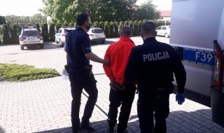 Szajka włamywaczy zatrzymana przez opoczyńskich policjantów. Okradli plebanię w gminie Sławno